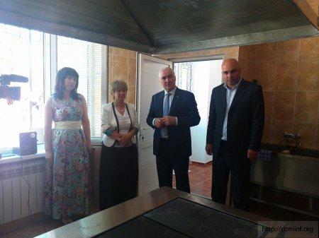 День знаний в Южной Осетии. Фото