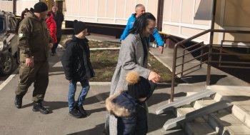Инвалиды, многодетные семьи ,сироты : в Цхинвале раздали первые ключи от новых квартир