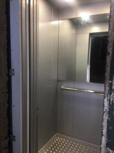 В многоэтажках столицы продолжают устанавливать лифты